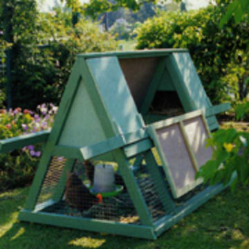 10 free chicken coop plans for backyard chickens the for Diy movable chicken coop