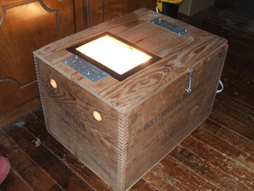 Wood box incubator
